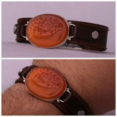 دستبند عقیق پرتقالی خطی  نقش یا رقیه س