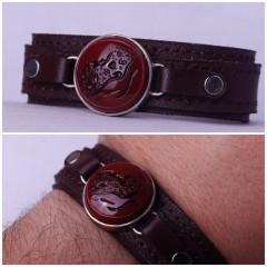 دستبند عقیق سرخ خطی  نقش العزه لله