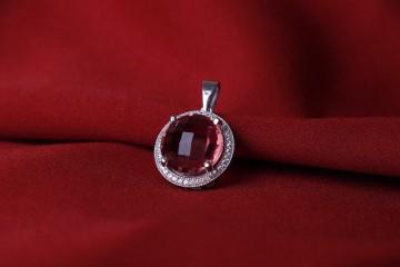 مدال جواهری الکساندریت