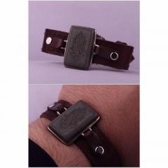 دستبند یشم خطی