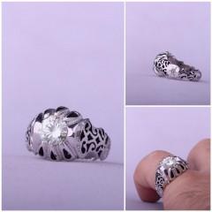 انگشتر موزنایت(الماس روسی)اصل