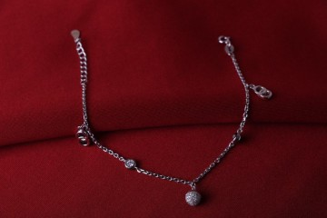 دستبند جواهری  اویز قلب