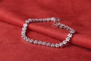 دستبند جواهری فلاور روکش طرح طلا سفید