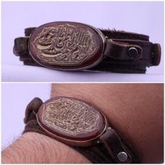 دستبند عقیق خطی